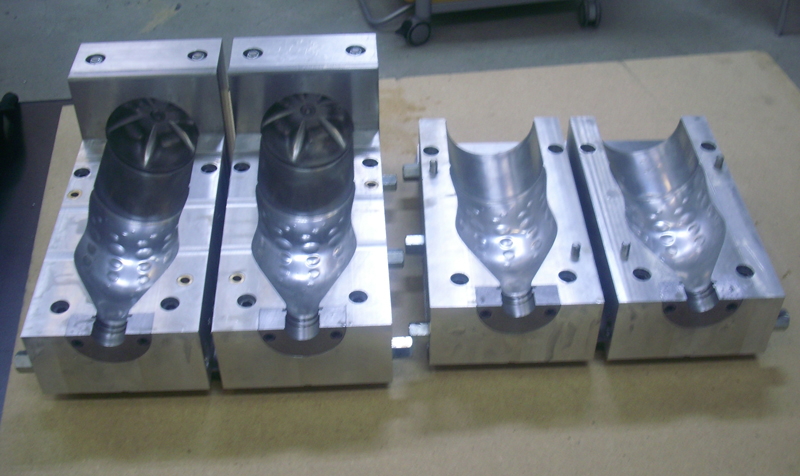 mould for plastic bottles